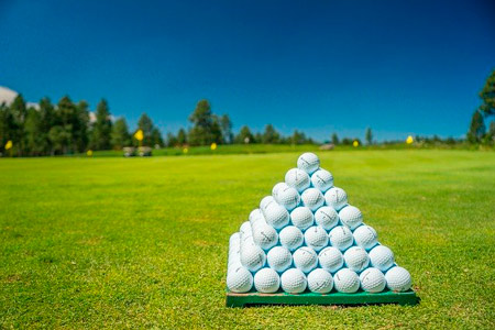 Golf ball pyramid is prepared for a game